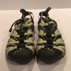 Keen Whisper Nike/Nuetral Gray hiking sandals 7.5